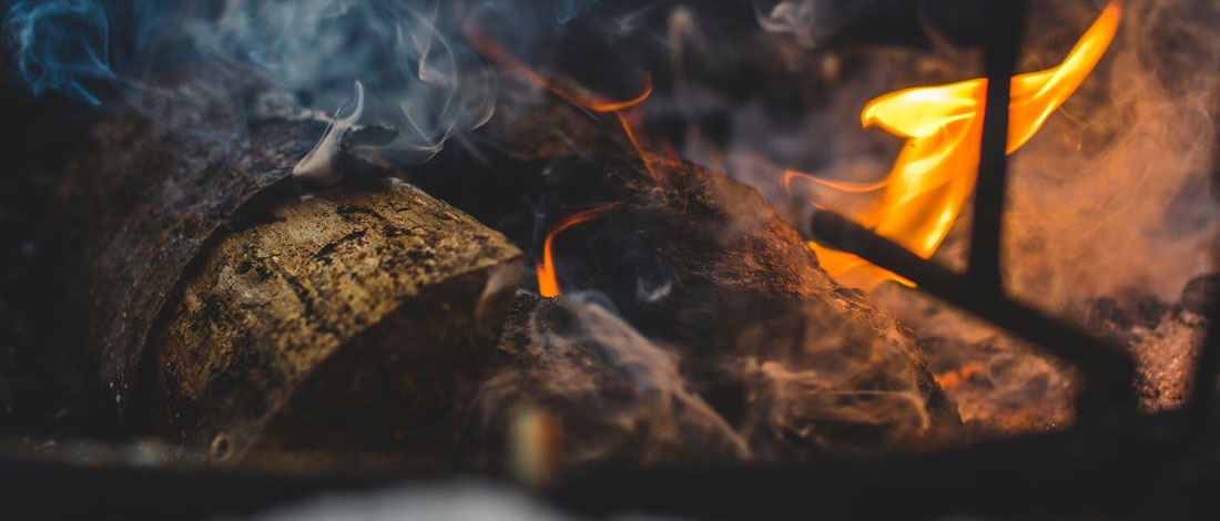 Guide to The Best Charcoal to Use in a Smoker